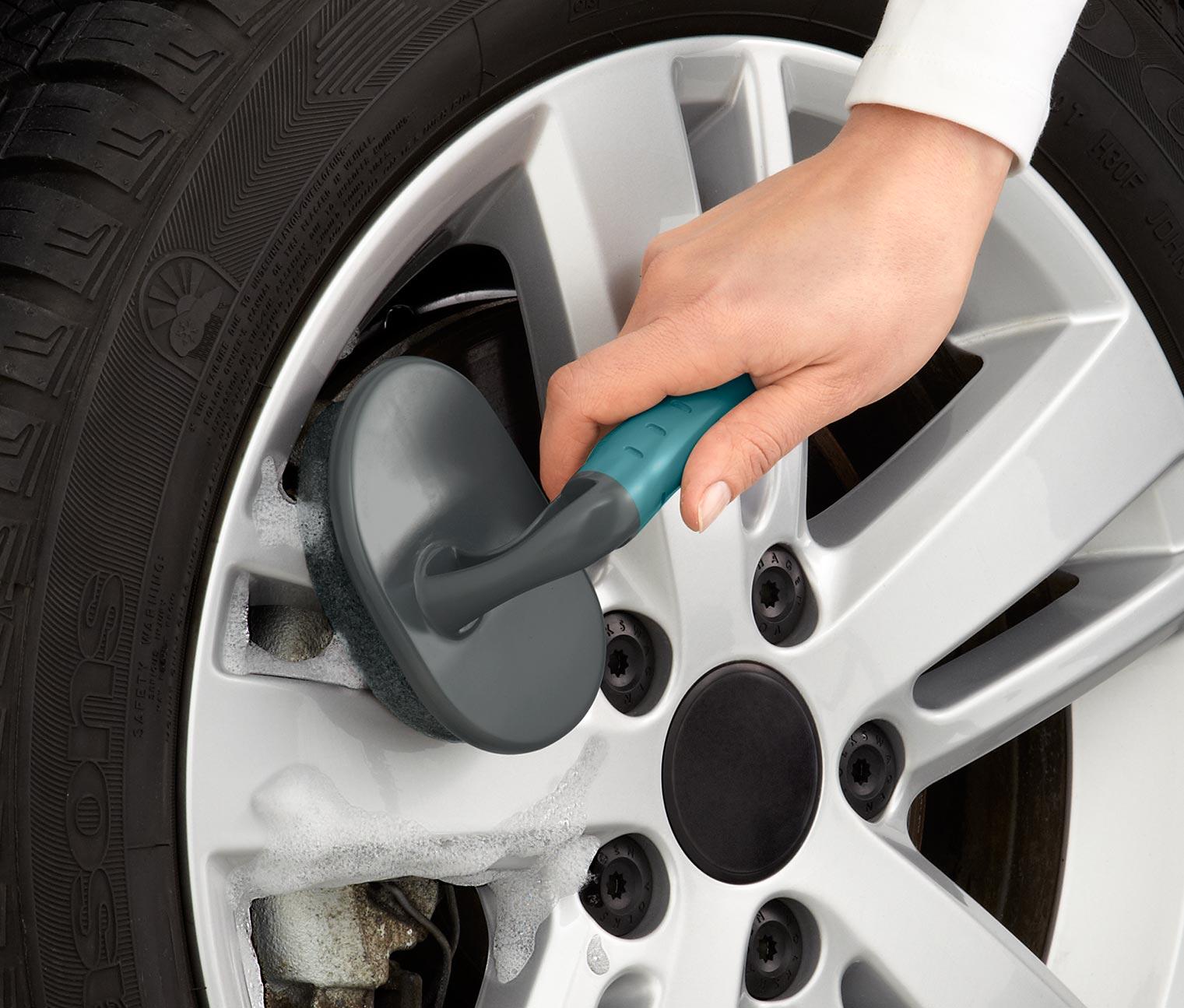 Araç Tekeri Nasıl Temizlenir