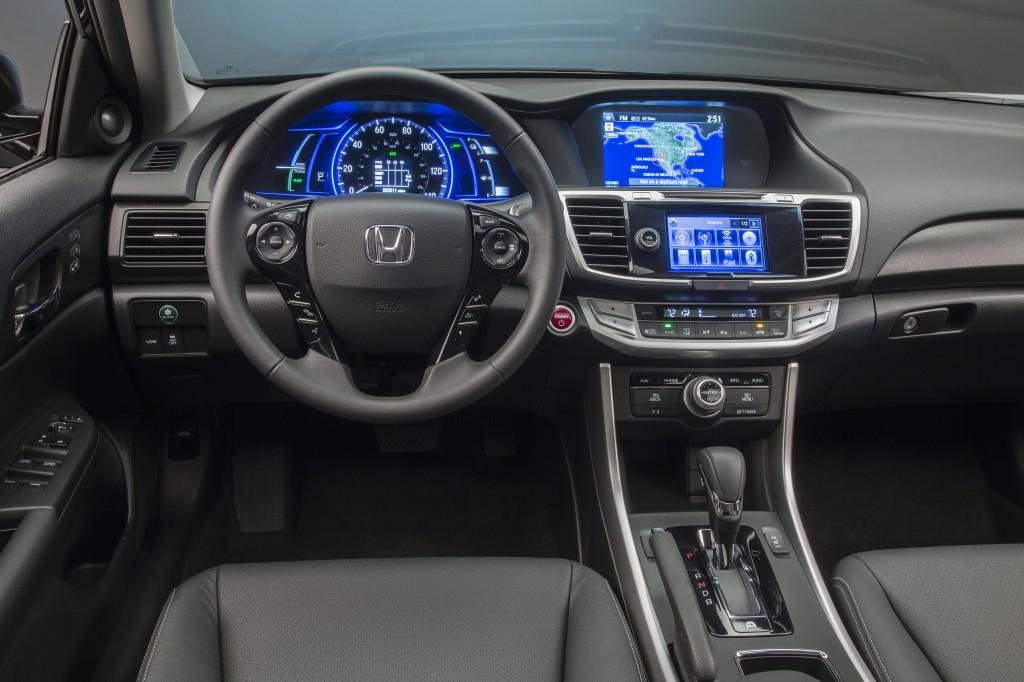 Honda Accord İç Tasarımı