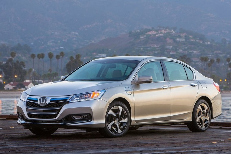 Honda Accord İncelemesi