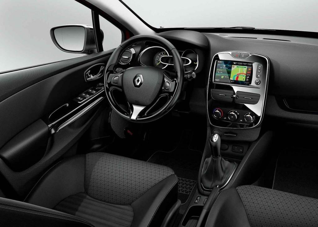 2015 Yeni Renault Clio Sport Tourer İç Görünüm