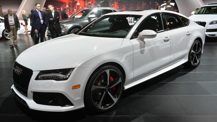 Makyajlı Audi Rs7 Renk Seçenekleri
