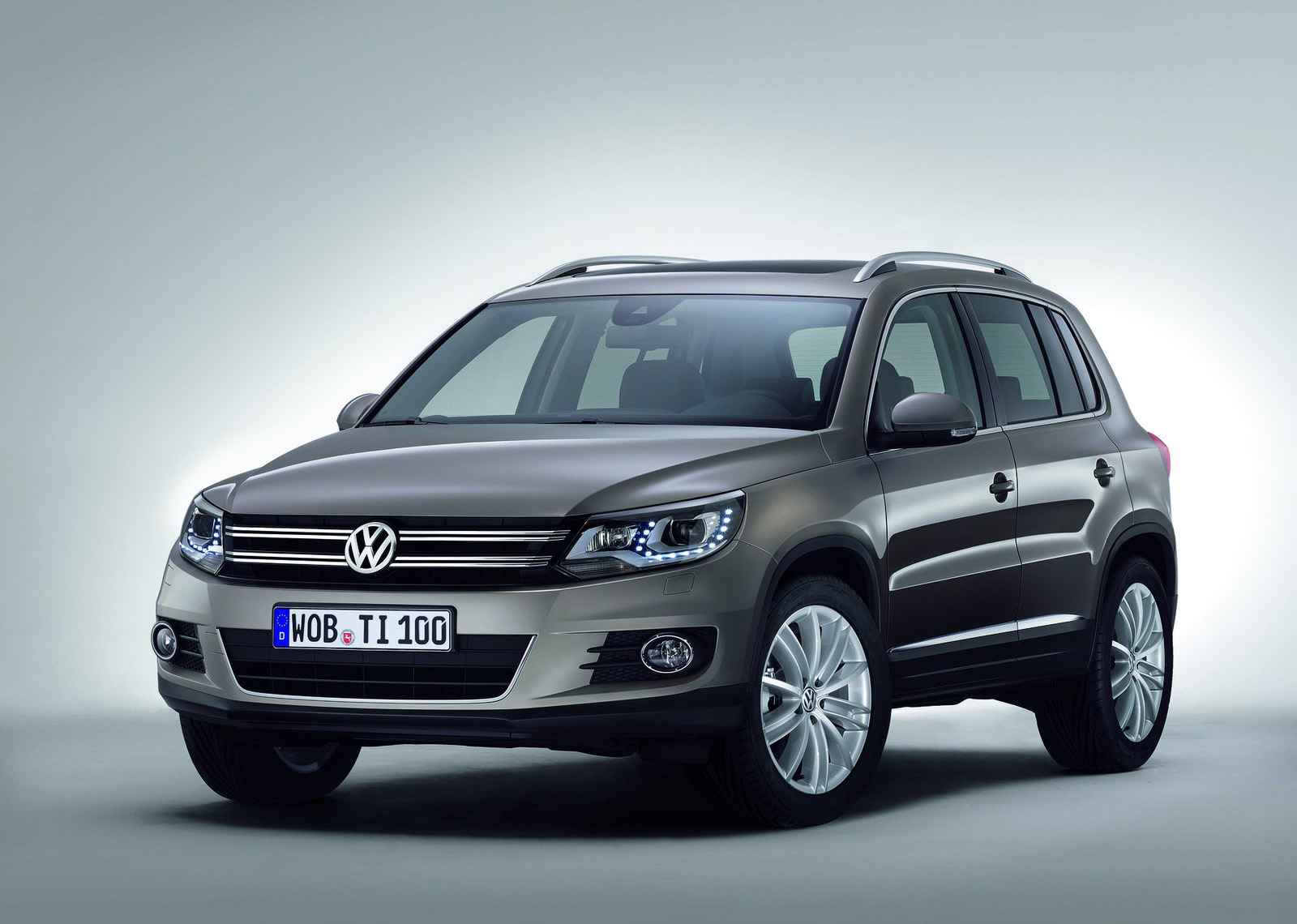 volkswagen tiguan 2015 g ncel fiyat listesi uygun ta t. Black Bedroom Furniture Sets. Home Design Ideas