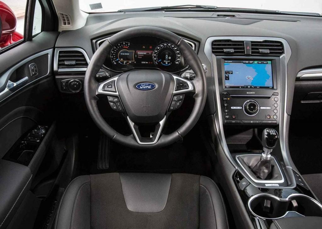 Ford Mondeo 2.0 Dizel İç Tasarım