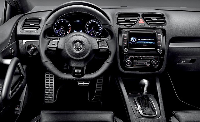 Hasil gambar untuk Volkswagen Scirocco 2017