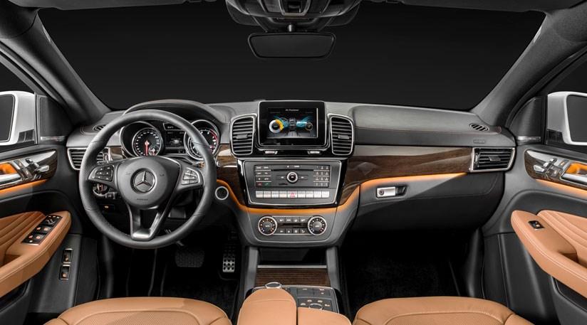 2015 Mercedes GLE İç Tasarım