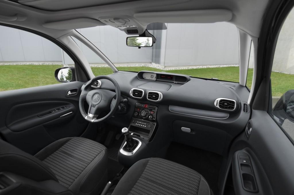 2015 Citroen C3 İç Tasarım