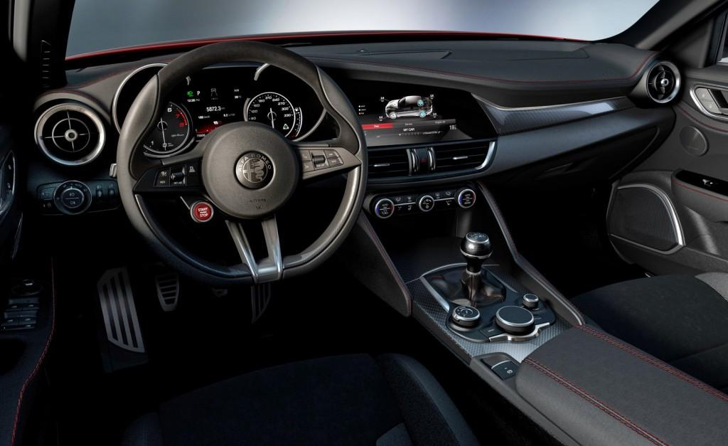 2015 Alfa Romeo Giulietta İç Tasarım