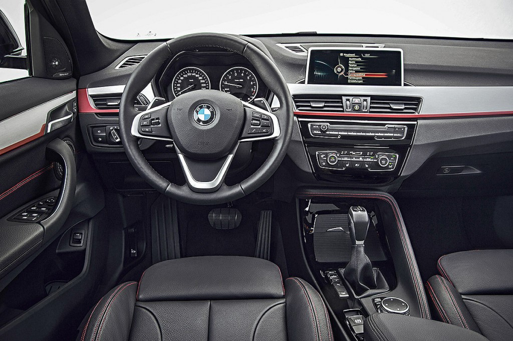 Yeni Kasa BMW X1 İç Tasarım