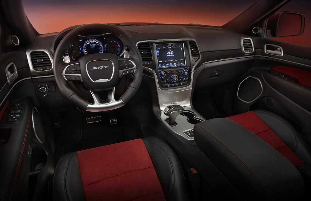 2016 Jeep Grand Cherokee İç Tasarım