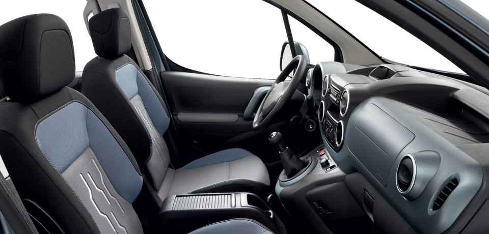 2016 Peugeot Partner Tepe İç Tasarım
