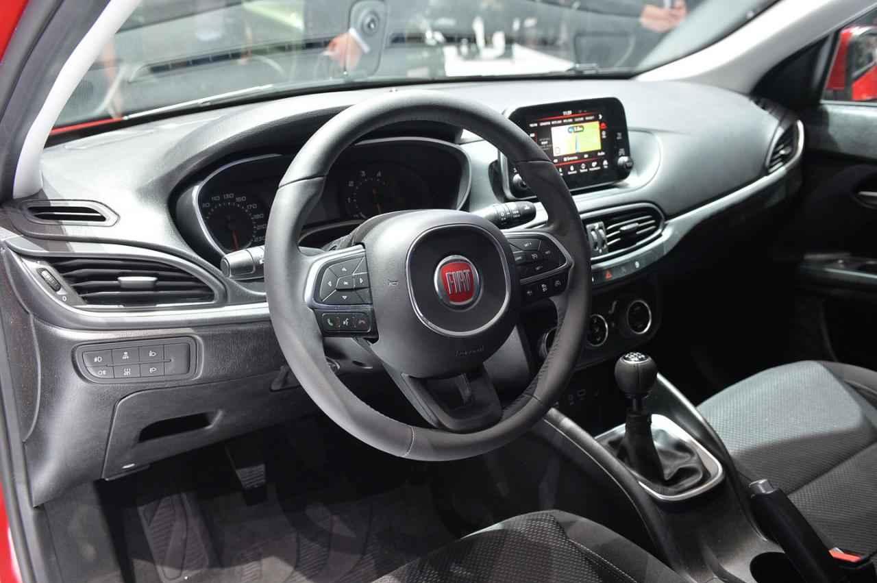 2016 Fiat Egea HB İç Tasarım