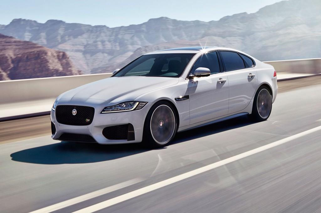 2016 Jaguar XE Renk Seçenekleri