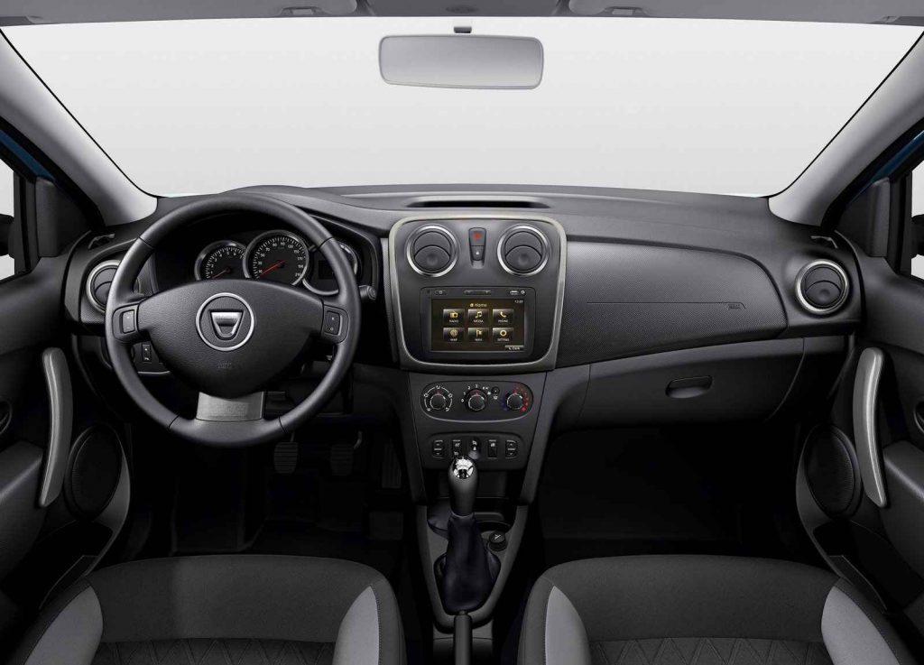 2016 Dacia Sandero İç Tasarım