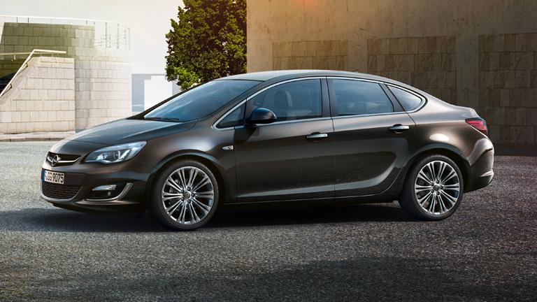 Opel Astra Sedan Modeli
