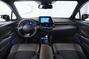 Toyota C-HR İç Görünüm