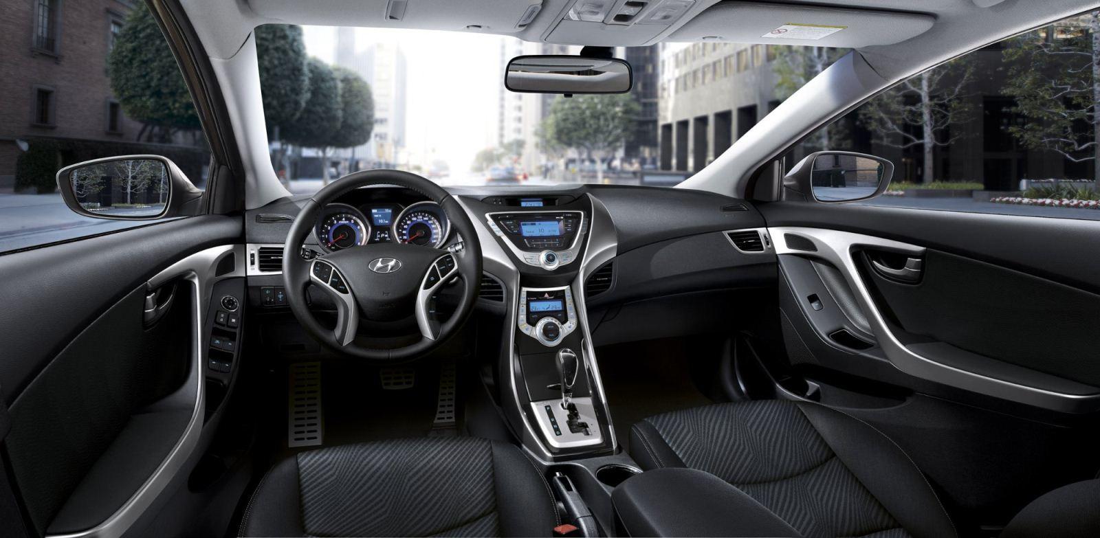 Hyundai Elantra İç Tasarım