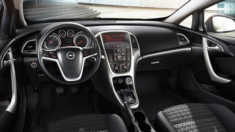 Opel İç Tasarım