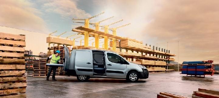 Peugeot partner van uzun 2016 fiyatlari