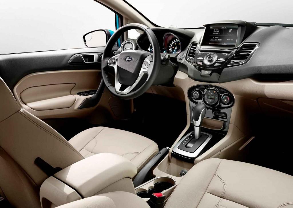 2015 Model 2015 Ford Fiesta İç Tasarım