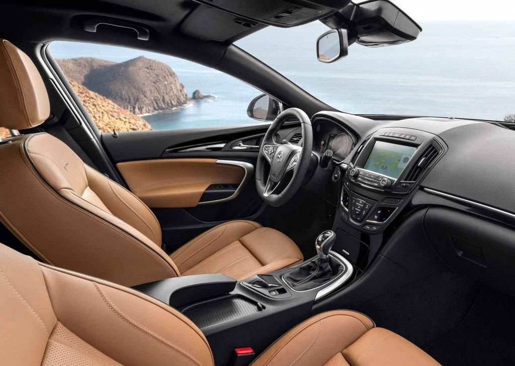2015 Model Opel Insignia İç Tasarım