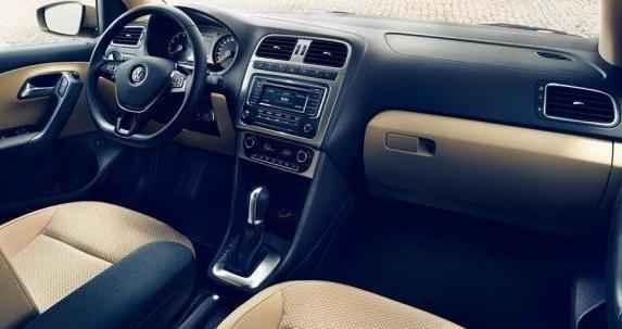 2016 Volkswagen Polo Sedan İç Tasarım