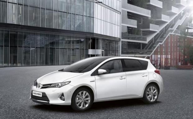 2015 Toyota Auris Renk Seçenekleri