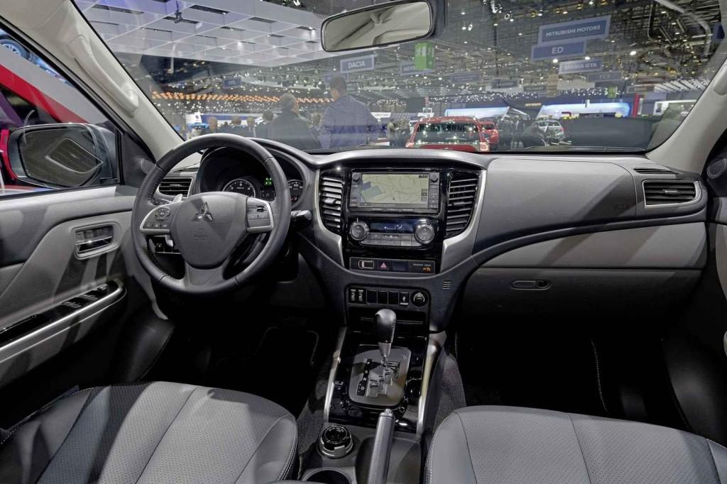 2016 Mitsubishi L200 İç Tasarım