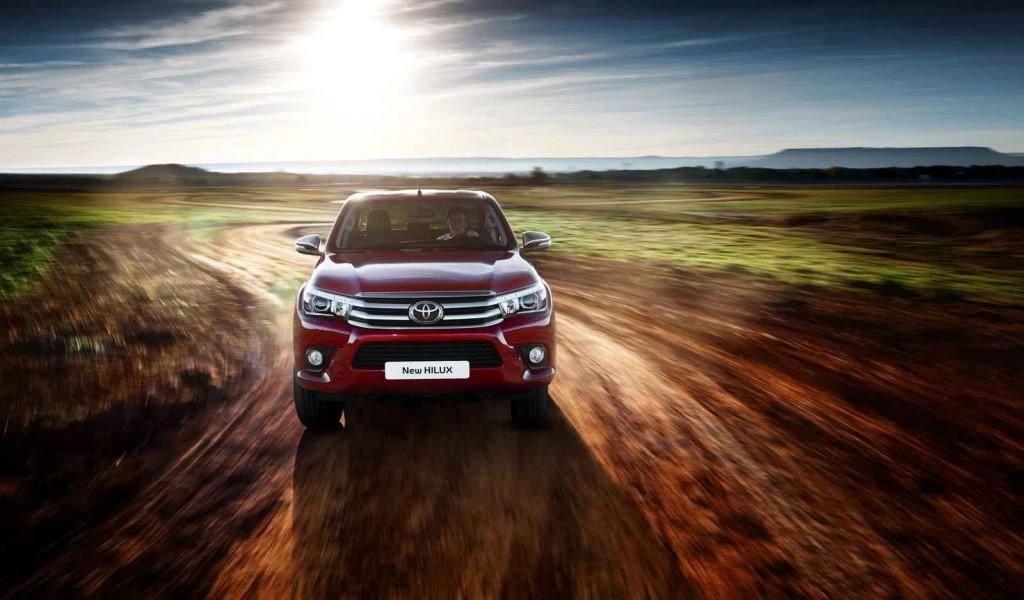 Arazi Aracı Toyota Hilux